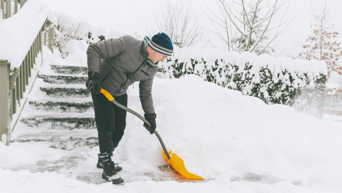 Snow Removal While Renting: Who's Responsible?
